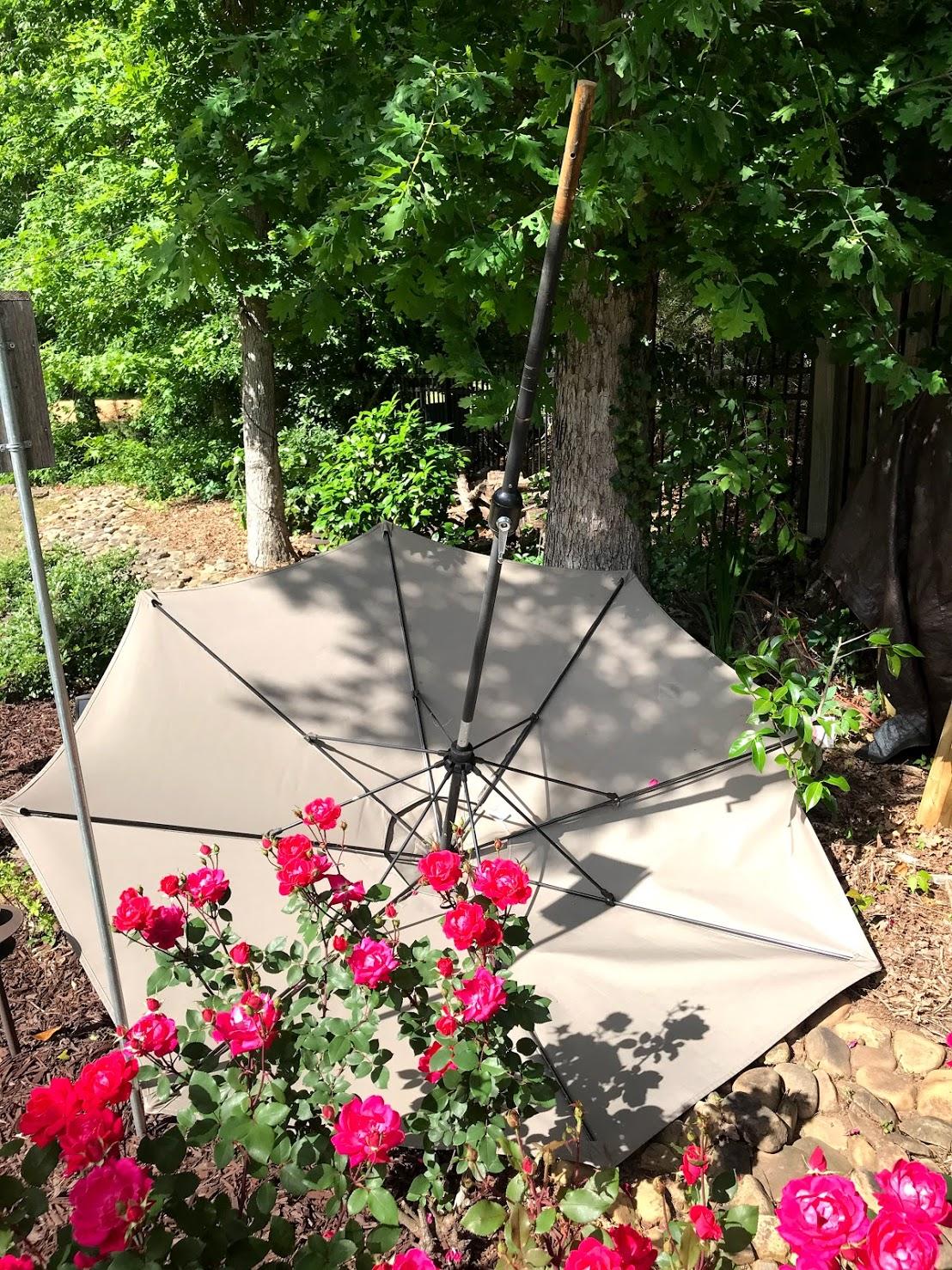 wind resistant umbrella guide