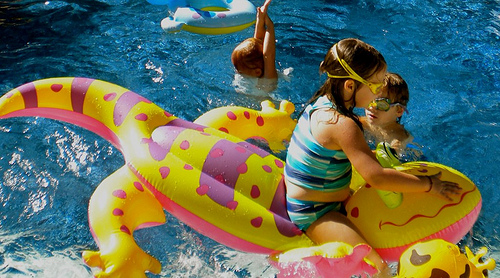 floating pool toys