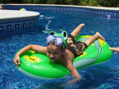 pool party games for kids