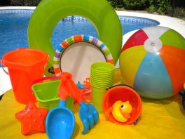 Pool Party Ideas For Kids kids pool party water bottle favors kid pool parties Kids Pool Party Ideas
