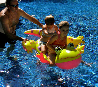 inflatable swimming pool toy