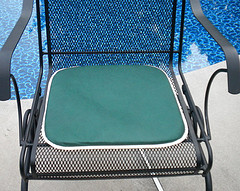 your guide to patio chair replacement cushions