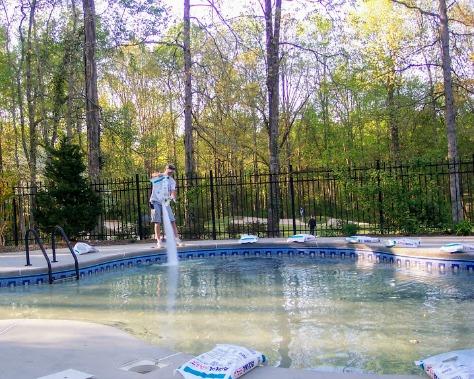 salt water swimming pool maintenance
