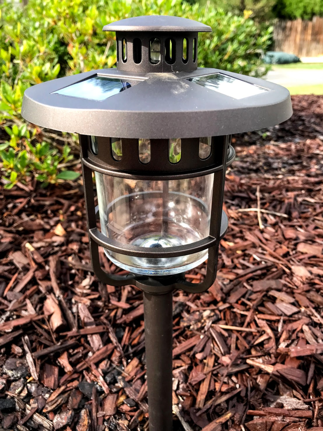 solar powered path lights