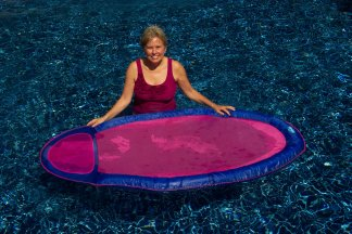 spring pool float